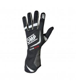 OMP One Evo, FIA, ръкавици